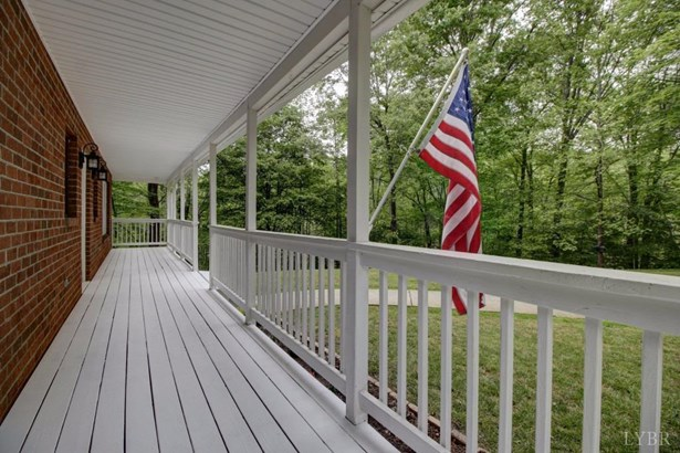 Cape Cod, Single Family Residence - Goode, VA (photo 5)
