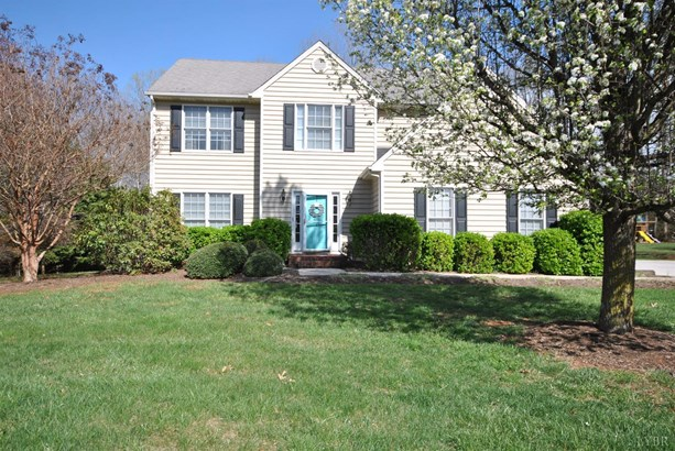 Single Family Residence, Two Story - Forest, VA (photo 1)