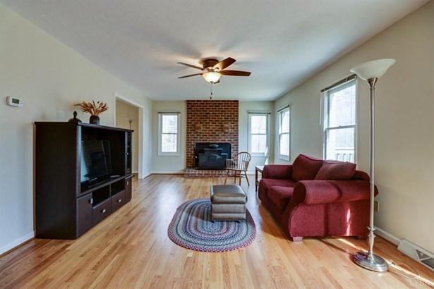 Single Family Residence, Two Story - Monroe, VA (photo 4)