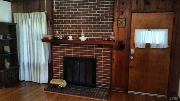 Single Family Residence, Bungalow - Madison Heights, VA (photo 2)