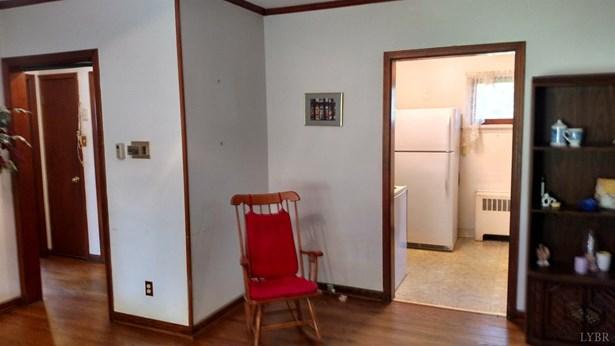 Single Family Residence, Bungalow - Madison Heights, VA (photo 4)