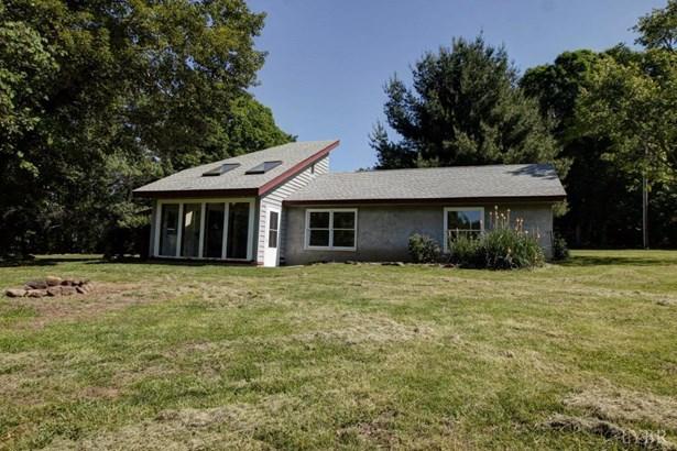Single Family Residence, Contemporary - Big Island, VA (photo 5)