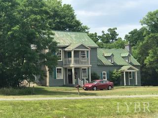 Single Family Residence, Two Story - Altavista, VA