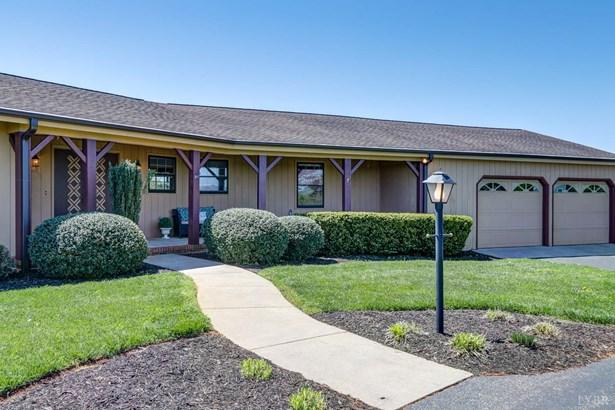 Single Family Residence, Ranch - Forest, VA