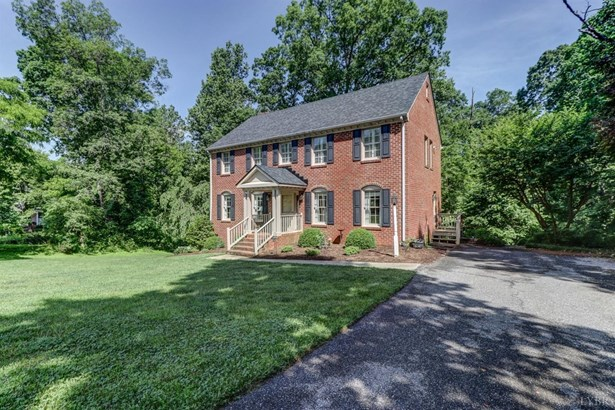 Single Family Residence, Two Story - Lynchburg, VA (photo 2)