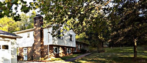 Split Level, Single Family Residence - Chatham, VA (photo 1)