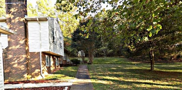 Split Level, Single Family Residence - Chatham, VA (photo 2)