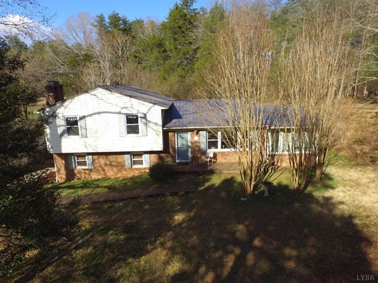 Split Level, Single Family Residence - Chatham, VA (photo 3)