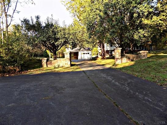 Split Level, Single Family Residence - Chatham, VA (photo 5)
