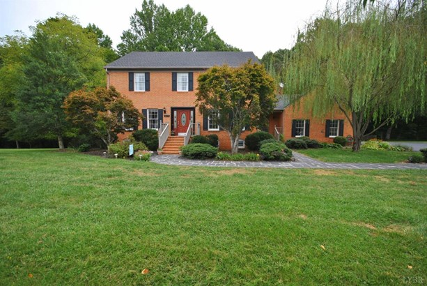 Single Family Residence, Two Story - Madison Heights, VA
