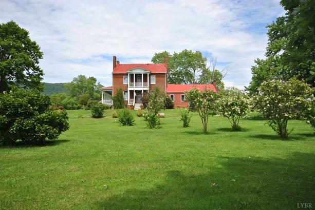 Farm House, Single Family Residence - Glasgow, VA