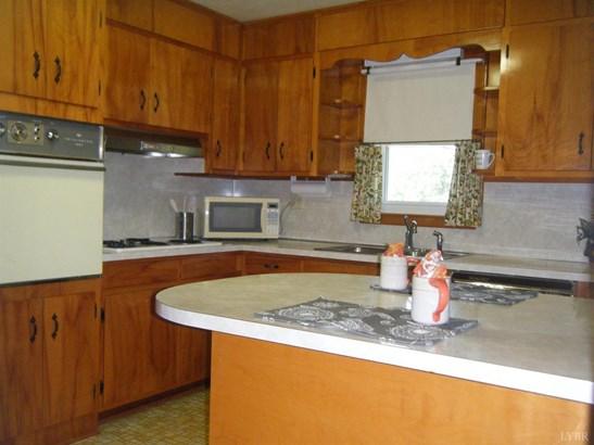 Single Family Residence, Ranch - Hurt, VA (photo 2)