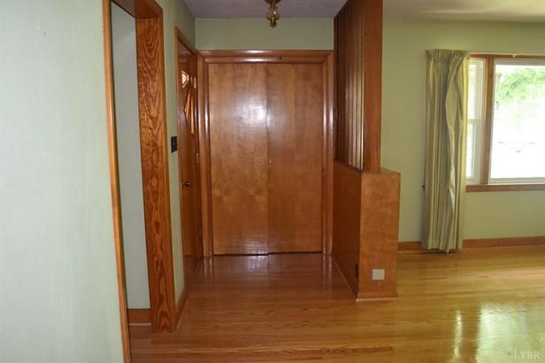 Single Family Residence, Ranch - Hurt, VA (photo 5)