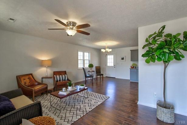 Single Family Residence, Ranch - Huddleston, VA (photo 4)