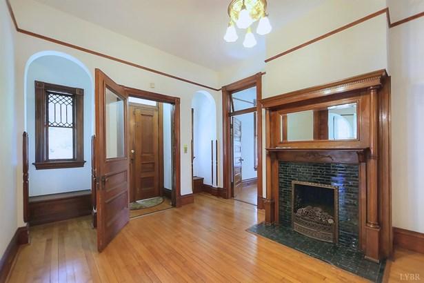 Single Family Residence, Victorian - Lynchburg, VA (photo 3)