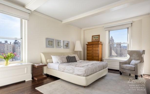 1010 Fifth Avenue 11c, New York, NY - USA (photo 5)