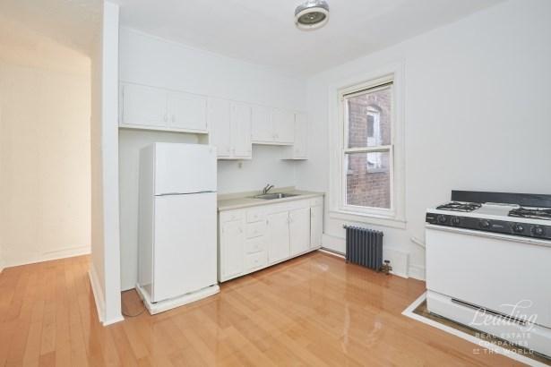 6754 -6756 Fourth Avenue, Brooklyn, NY - USA (photo 2)