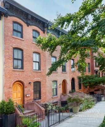 435 Waverly Ave Th, Brooklyn, NY - USA (photo 1)
