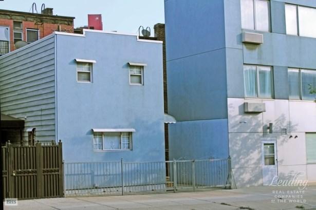 520 Meeker Avenue, Brooklyn, NY - USA (photo 3)