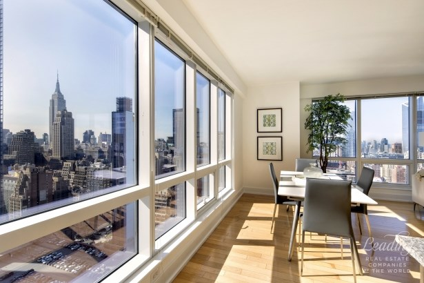 350 West 42nd Street 36g, New York, NY - USA (photo 2)