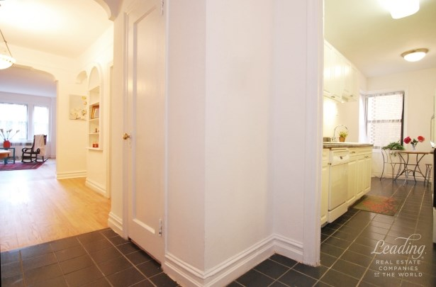 84 -12 35th Avenue 2n, Queens, NY - USA (photo 5)