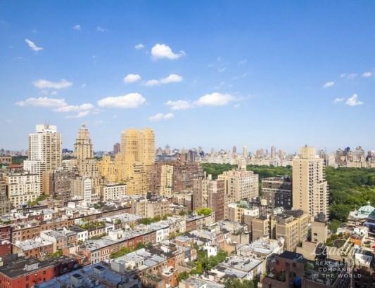 111 West 67th Street 29a, New York, NY - USA (photo 2)