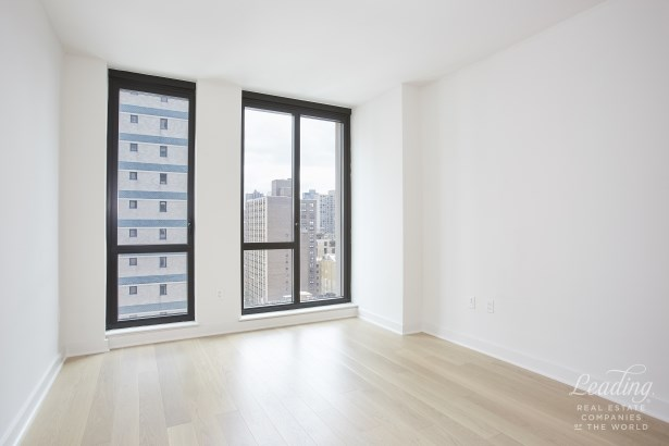 160 East 22nd Street 15b, New York, NY - USA (photo 5)