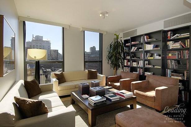 66 Ninth Avenue 5e, New York, NY - USA (photo 2)