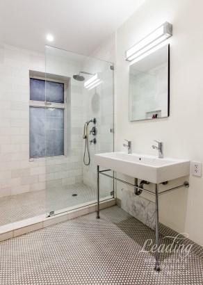 406 Grand Avenue 2, Brooklyn, NY - USA (photo 5)