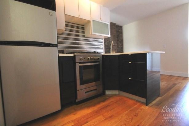 871 Knickerbocker Ave 2b, Brooklyn, NY - USA (photo 3)
