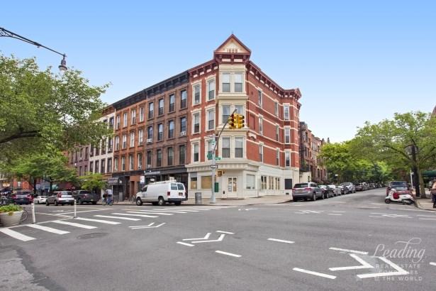 235 Fifth Avenue, Brooklyn, NY - USA (photo 2)
