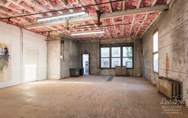 345 East 104th Street, New York, NY - USA (photo 5)
