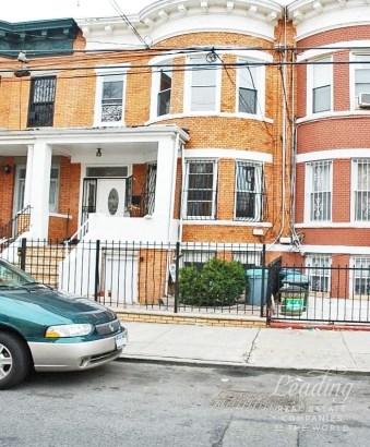 558 Ashford Street, Brooklyn, NY - USA (photo 1)