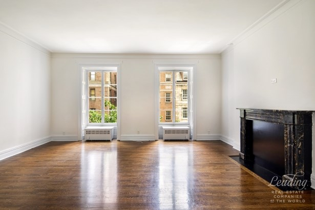 34 East 70th Street, New York, NY - USA (photo 2)