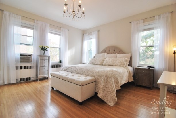 85 -10 34th Ave 224, Queens, NY - USA (photo 5)