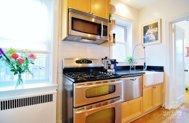 85 -10 34th Ave 621, Jackson Heights, NY - USA (photo 5)