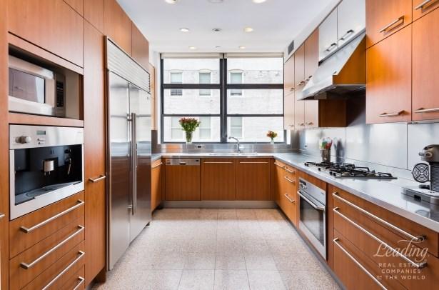 8 West 19th Street 8fl, New York, NY - USA (photo 3)