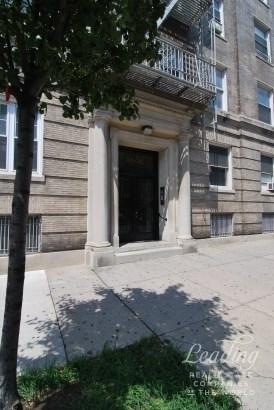 35 -20 82nd Street 41, Jackson Heights, NY - USA (photo 3)