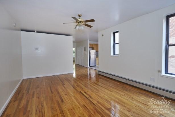2116 Dorchester Road 3j, Brooklyn, NY - USA (photo 2)