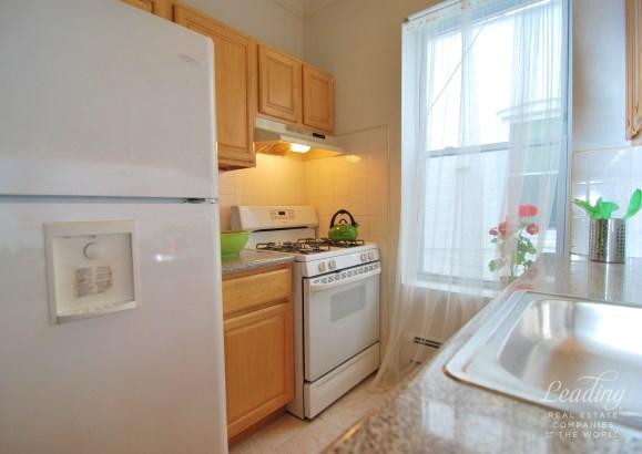 1706 11th Avenue 2, Brooklyn, NY - USA (photo 1)