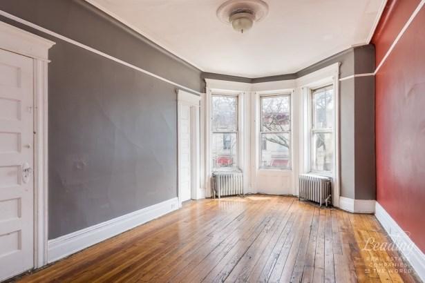 315 Cornelia Street, Brooklyn, NY - USA (photo 3)