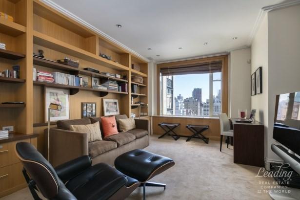 955 Fifth Avenue 14a, New York, NY - USA (photo 2)