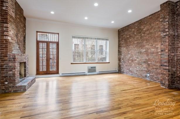 341 West 29th Street, Chelsea, NY - USA (photo 3)