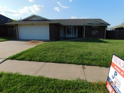 3925 Sw Wolf St, Lawton, OK - USA (photo 1)