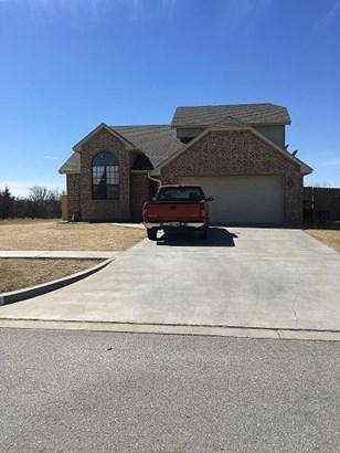 2714 Nw Debracy Ave, Lawton, OK - USA (photo 1)