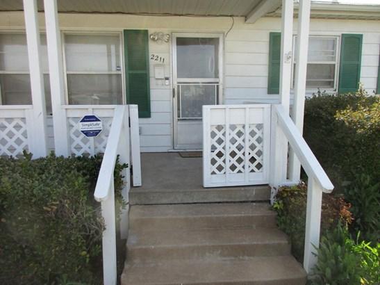 2211 Nw 23rd, Lawton, OK - USA (photo 1)