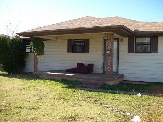 2708 Nw 19th St, Lawton, OK - USA (photo 1)
