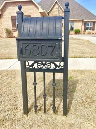 6807 Sw Oakley Ave, Lawton, OK - USA (photo 3)