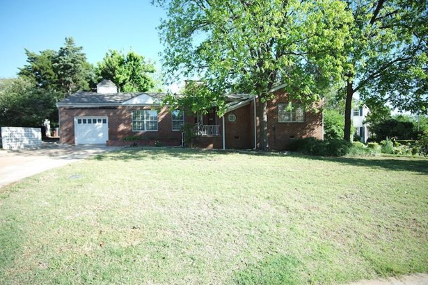 1305 Nw Cherry, Lawton, OK - USA (photo 3)