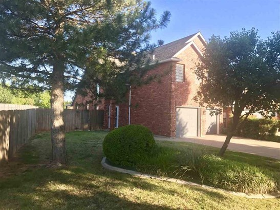 6748 Nw Willow Wood Loop, Lawton, OK - USA (photo 1)